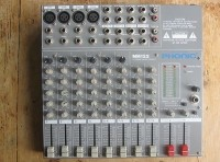Phonic mm122 Power Mixer